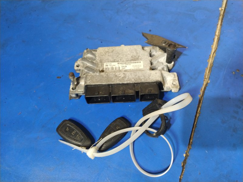 Блок управления двигателем Ford Focus 3 (2011>) ХЭТЧБЕК 1.6L DURATEC TI-VCT (123PS) 2012 (б/у)