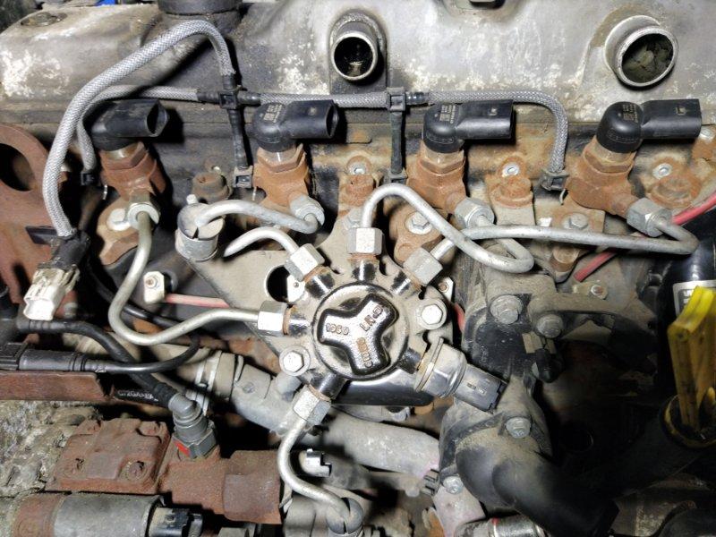 Трубка топливная Ford S-Max 2006- 1.8L DURATORQ-TDCI (125PS) 02.2008 (б/у)