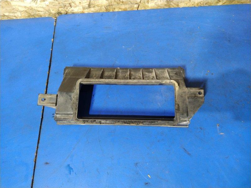 Корпус салонного фильтра Ford Focus 1 (1998-2005) СЕДАН 1.6L ZETEC-E EFI (100 Л.С.) 2001 (б/у)