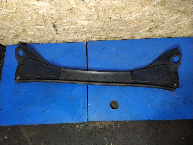 Жабо (накладка лобового стекла) Ford Focus 3 (2011>) СЕДАН 1.6L DURATEC TI-VCT (105PS) - SIGMA 2012 (б/у)