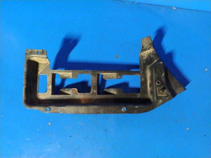 Направляющая заднего бампера правая Ford S-Max 2006- УНИВЕРСАЛ 2.0L DURATORQ-TDCI (143PS) - DW 2009 (б/у)
