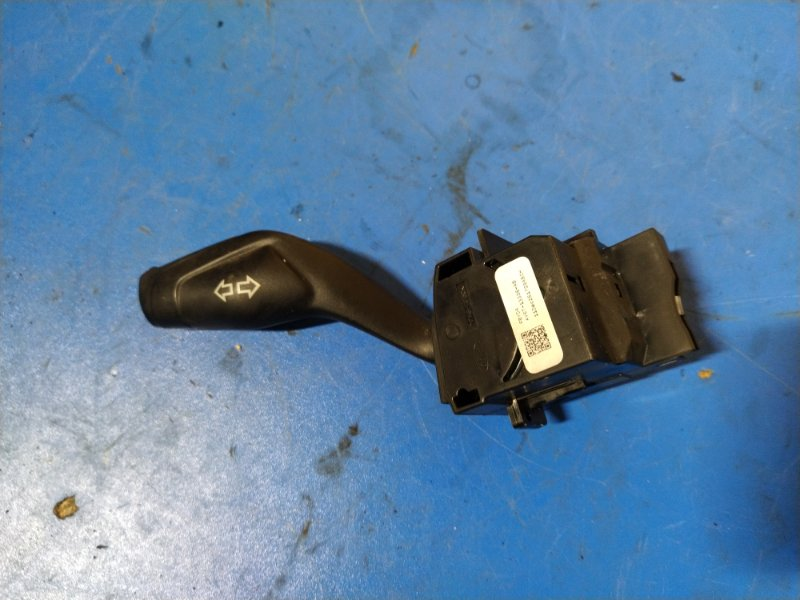 Переключатель поворотов Ford Focus 3 (2011>) СЕДАН 1.6L DURATEC TI-VCT (105PS) - SIGMA 2012 (б/у)