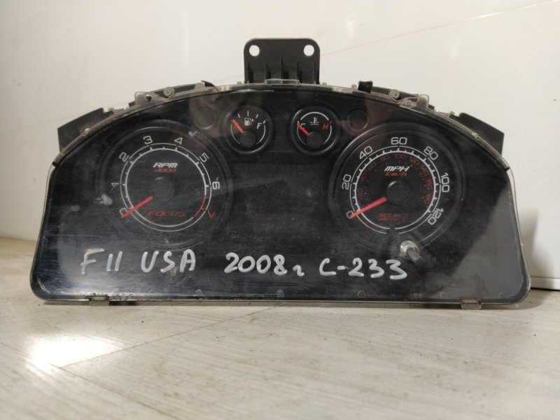 Панель приборов Ford Focus Usa 2004- (б/у)
