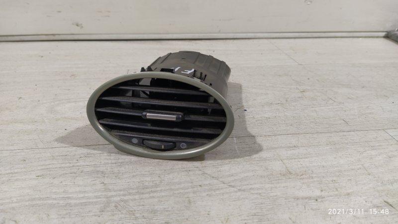 Дефлектор воздушный Ford Focus 2 2004-2008 (б/у)
