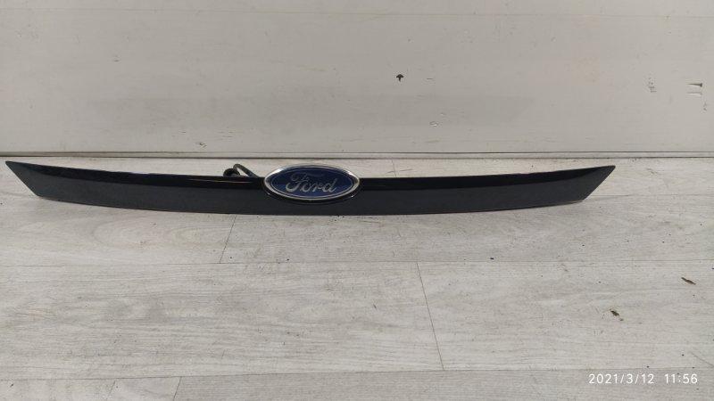 Накладка двери багажника Ford Focus 2 2008-2011 (б/у)
