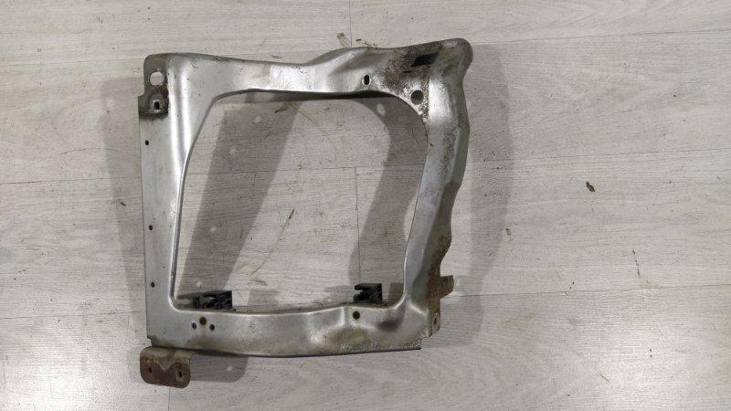 Панель передняя (телевизор) Ford Transit (2006-) левый (б/у)
