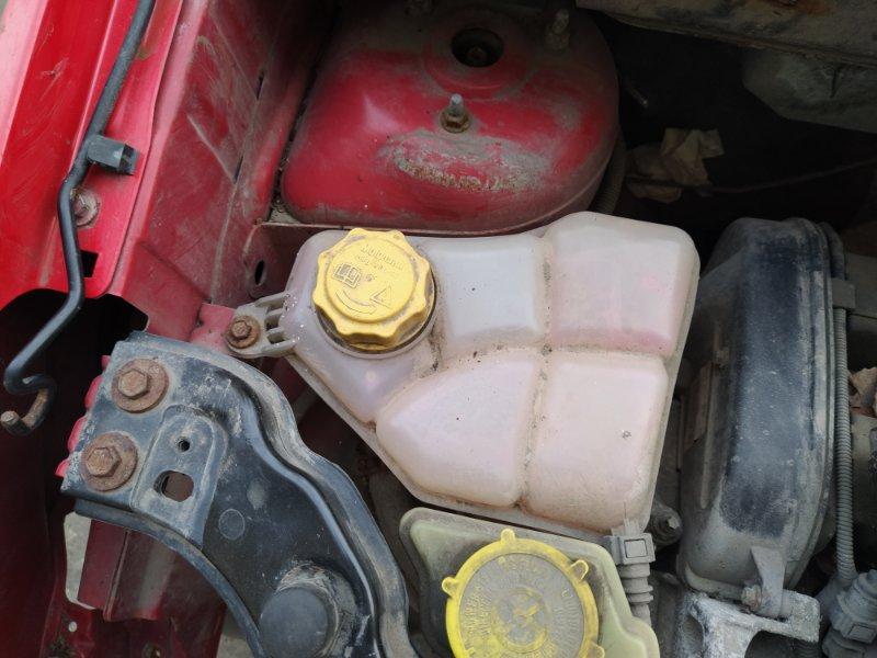 Бачок расширительный Ford Fusion 2001-2012 ХЭТЧБЕК 1.4L DURATEC 16V EFI DOHC (75/80PS) 01.2006 (б/у)
