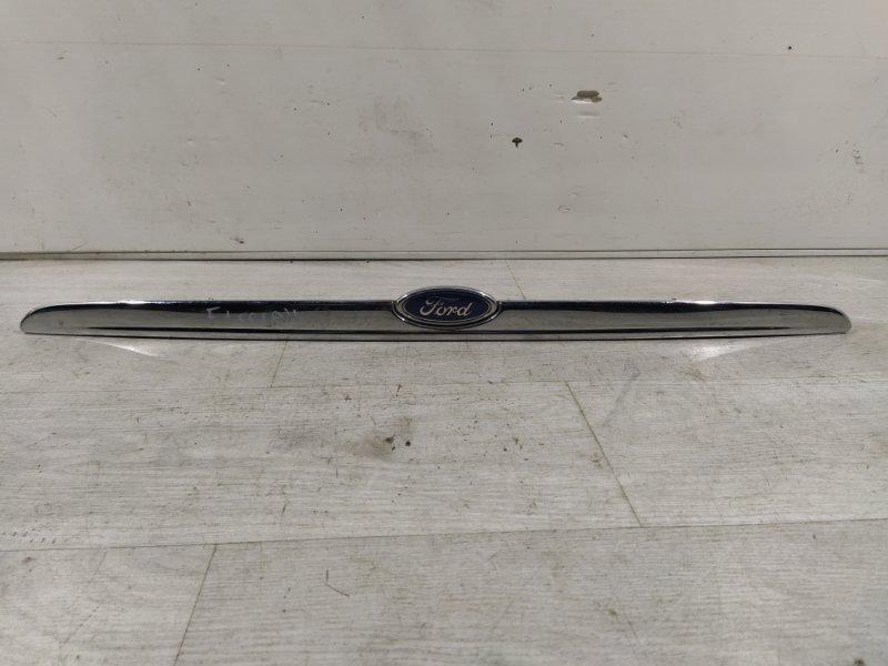 Накладка крышки багажника Ford Focus 1 (1998-2005) СЕДАН (б/у)