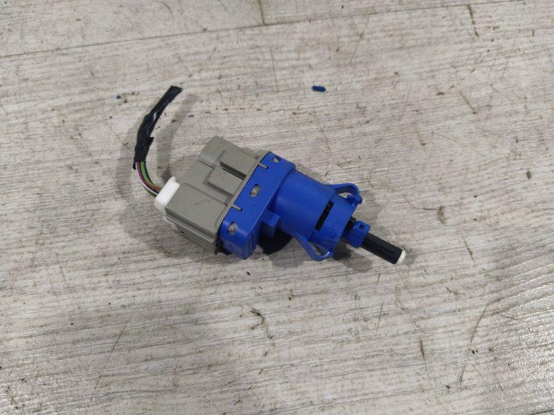 Датчик включения стоп-сигнала Ford Focus 3 (2011>) ХЭТЧБЕК 1.6L DURATEC TI-VCT (105PS) - SIGMA 03.2011 (б/у)