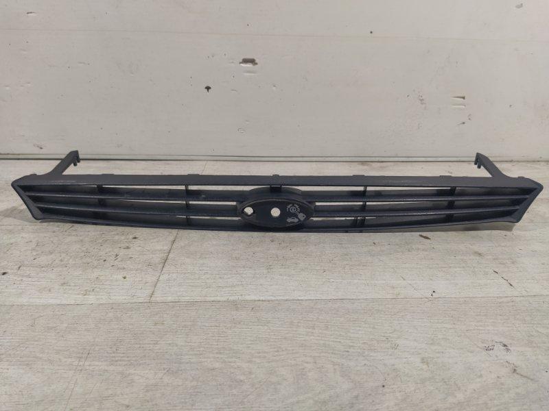 Решетка радиатора Ford Focus 1 1998-2005 (б/у)