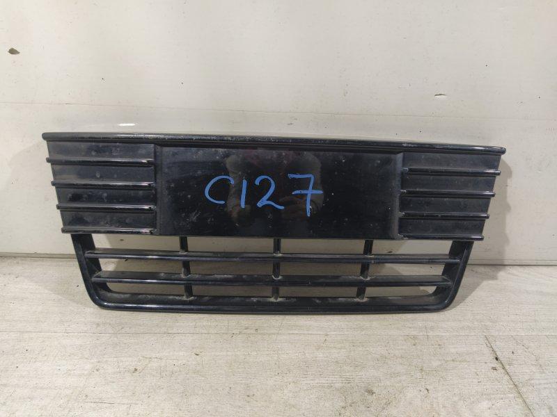 Решетка в бампер центральная Ford Focus 3 (2011>) (б/у)