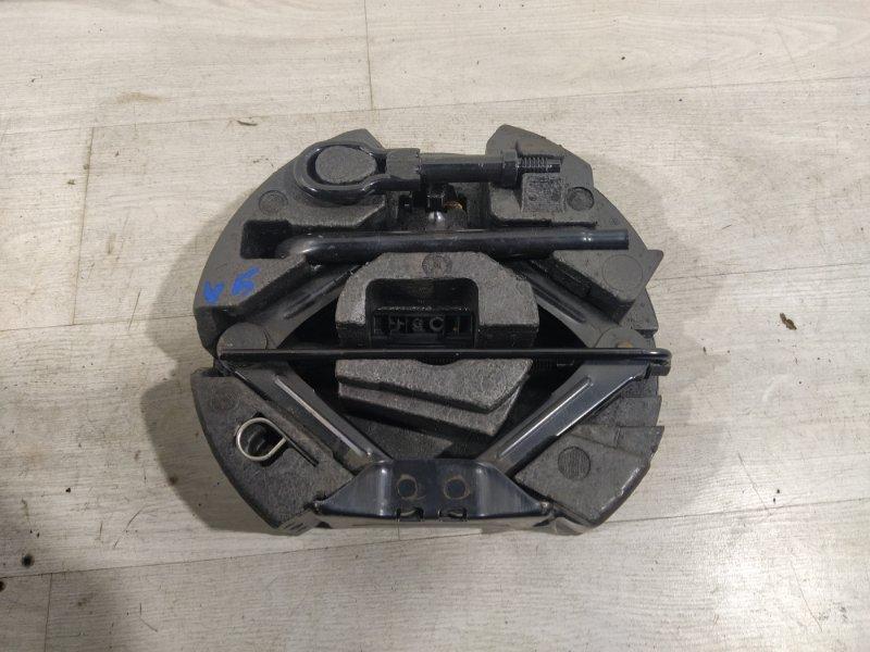 Ящик для инструментов Ford Focus 3 (2011>) ХЭТЧБЕК 1.6L DURATEC TI-VCT (123PS) - SIGMA 2012 (б/у)