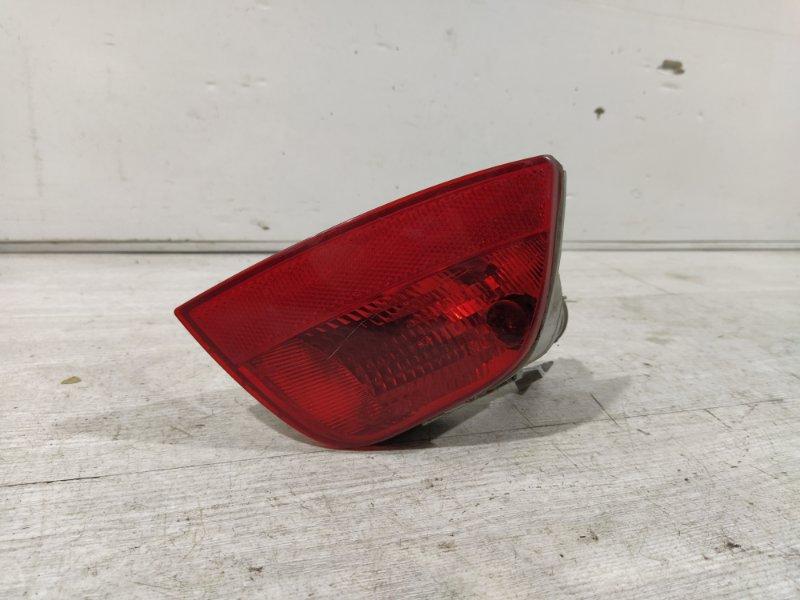 Фонарь задний в бампер правый Ford Focus 2 2004-2011 (б/у)