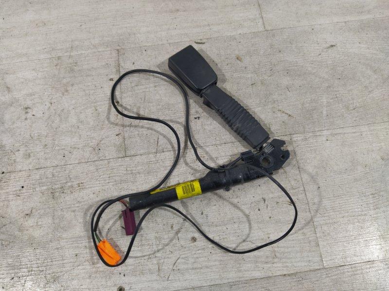 Ответная часть ремня безопасности Ford Kuga 1 (2008-2012) правая (б/у)