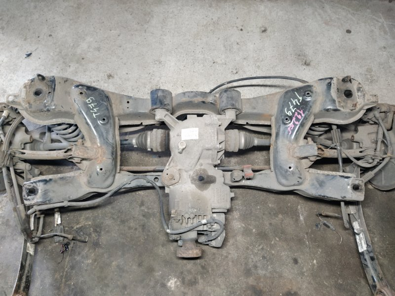 Подрамник задний Ford Kuga 1 (2008-2012) (б/у)