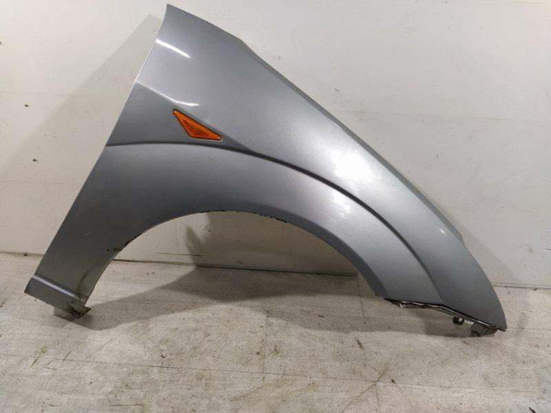 Крыло переднее правое Ford Focus 1 1998-2005 ХЭТЧБЕК 1.6L ZETEC ROCAM 2002 (б/у)
