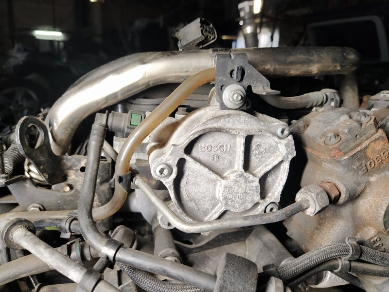 Насос вакуумный Ford Kuga 1 (2008-2012) (б/у)