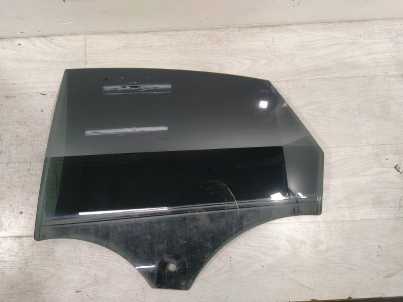 Стекло двери задней левой Ford Mondeo 4 (2007-2014) ХЭТЧБЕК (б/у)
