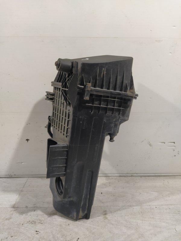 Корпус воздушного фильтра Ford Fiesta (2008-2012) (б/у)