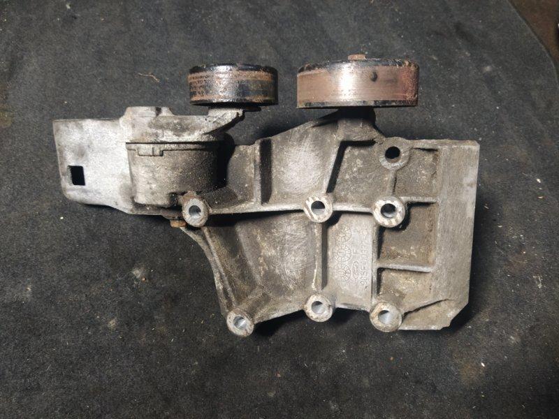 Кронштейн крепления генератора Ford Focus 1 1998-2005 2.0 8V SPLIT PORT (б/у)
