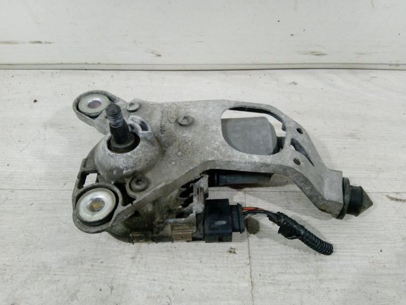 Моторчик стеклоочистителя передний Ford Focus 3 (2011>) ХЭТЧБЕК 1.6L IQDB 2013 (б/у)