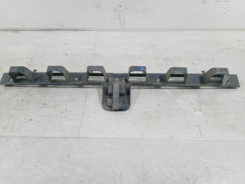Кронштейн крепления бампера Ford Focus 3 (2011>) ХЭТЧБЕК 2.0L DURATORQ DOHC(150/163PS)-DW10C 2011 (б/у)
