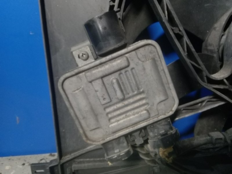 Блок управления вентилятором Ford S-Max 2006- 2.0L AZWA 2008 (б/у)