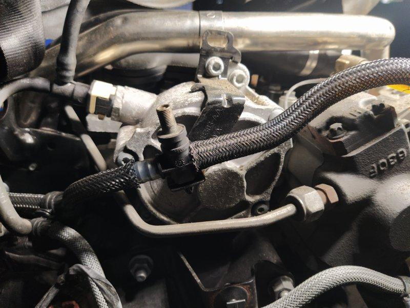 Насос вакуумный Ford Mondeo 4 (2007-2014) 2.0L TDCI/QXBA (б/у)