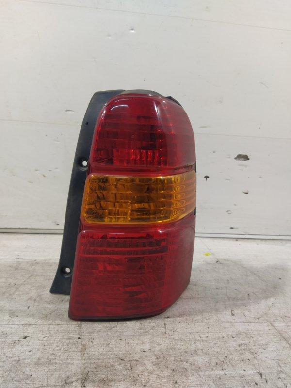 Фонарь задний правый Ford Maverick (2001-2006) 3.0 V6 AJ 2004 (б/у)
