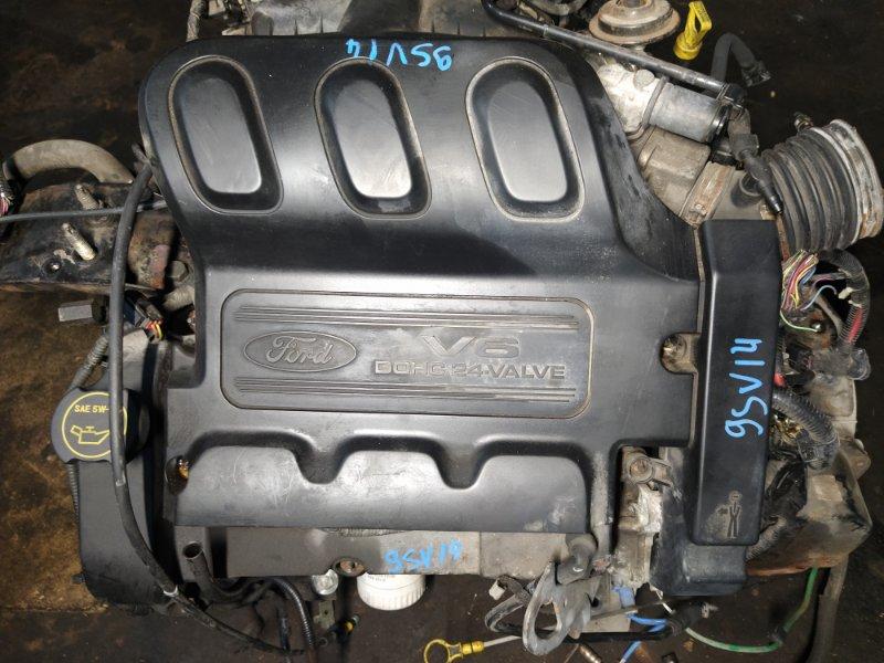 Накладка двигателя декоративная Ford Maverick (2001-2006) 3.0 V6 AJ 2004 (б/у)