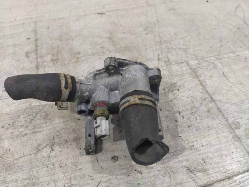 Фланец системы охлаждения (тройник) Ford Focus 2 2004-2008 1.6L HXDA (б/у)