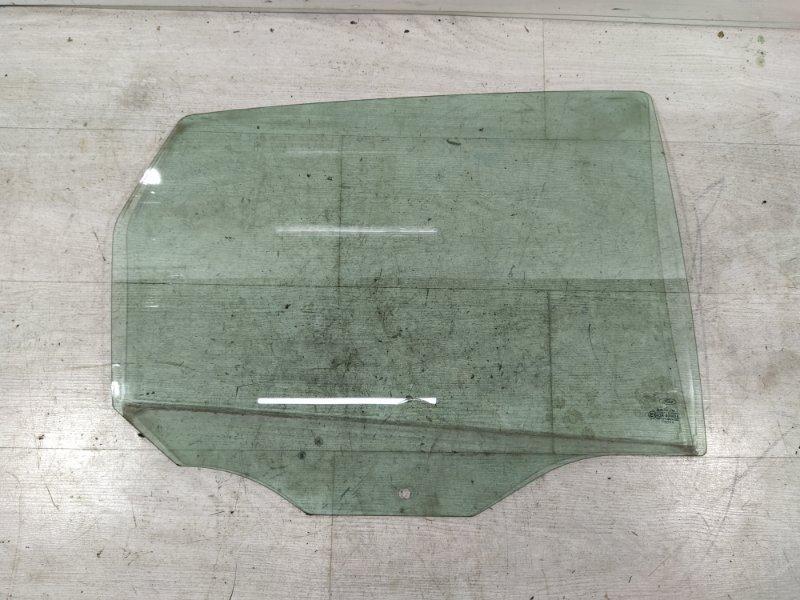 Стекло двери задней правой Ford Focus 1 1998-2005 ХЭТЧБЕК (б/у)
