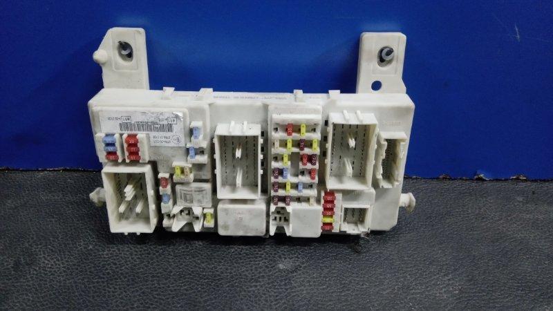 Блок предохранителей салонный Ford Focus 2 2008-2011 ХЭТЧБЕК 1.8 TDCI/KKDA 2008 (б/у)