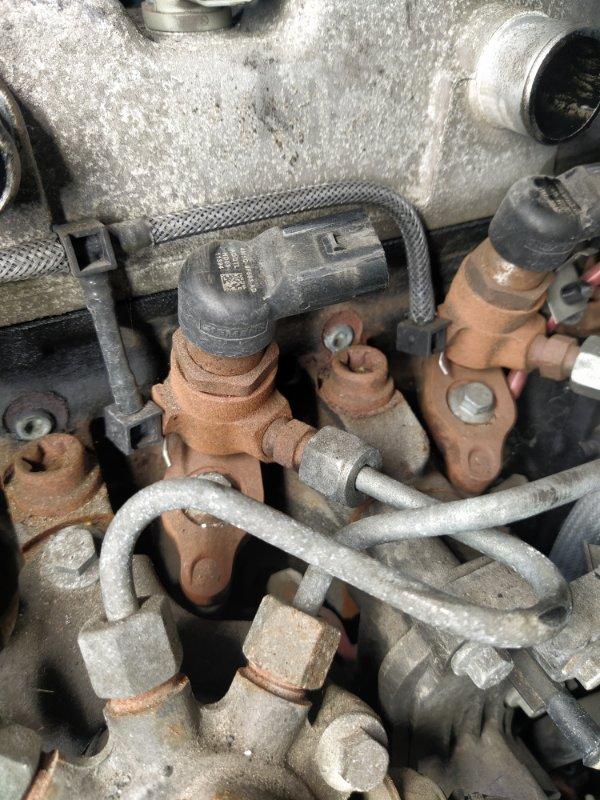 Форсунка дизельная электрическая Ford Focus 2 2008-2011 ХЭТЧБЕК 1.8 TDCI/KKDA 2008 (б/у)