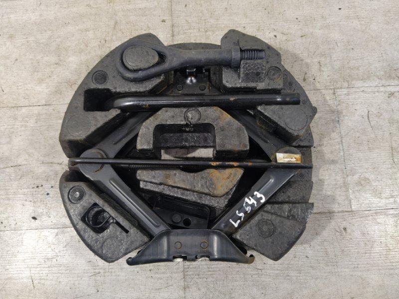 Ящик для инструментов Ford Focus 3 (2011>) УНИВЕРСАЛ 1.6L DURATEC/PNDA 2011 (б/у)