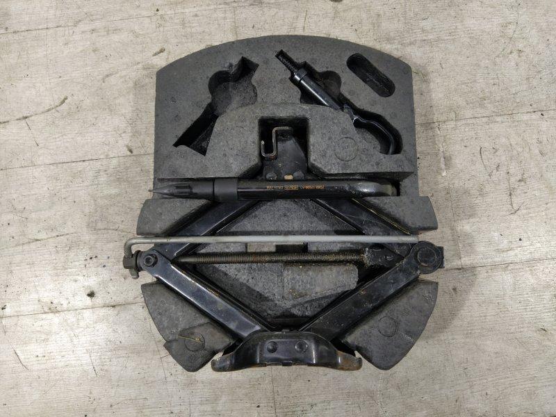 Ящик для инструментов Ford Mondeo 4 (2007-2014) ХЭТЧБЕК 2.2L DURATORQ-TDCI (175PS) 2008 (б/у)