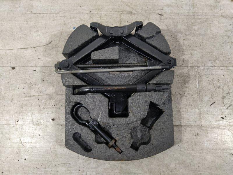 Ящик для инструментов Ford Mondeo 4 (2007-2014) ХЭТЧБЕК 2.0L DURATEC-HE (145PS) 2008 (б/у)