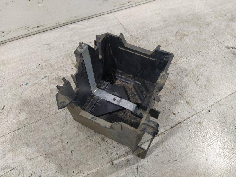 Площадка акб Ford Fusion 2001-2012 ХЭТЧБЕК 1.6L ZETEC-S/DURATEC EFI (100PS) 2007 (б/у)