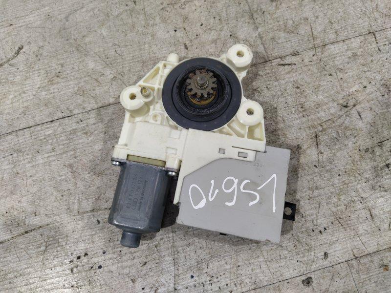 Моторчик стеклоподъемника Ford Focus 2 2008-2011 ХЭТЧБЕК 2.0L DURATEC/AODA 2008 передний правый (б/у)