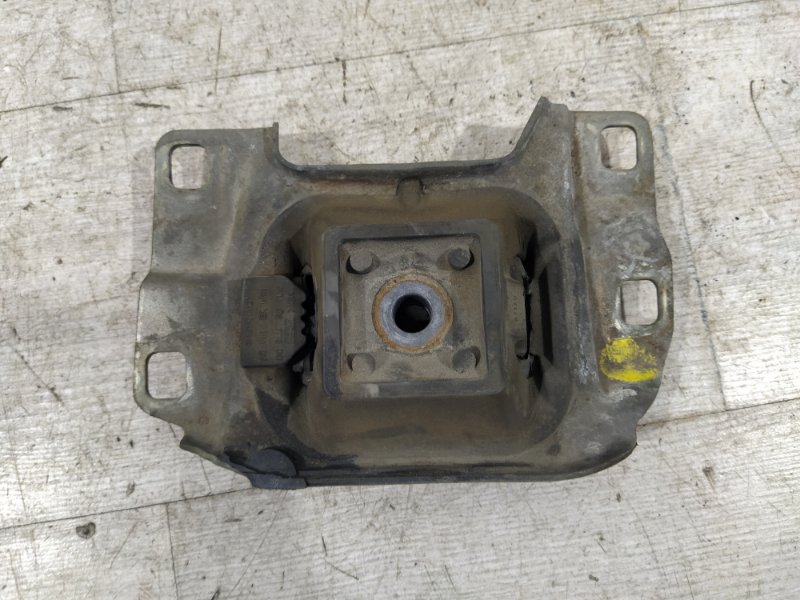 Опора двигателя левая Ford Focus 2 2008-2011 ХЭТЧБЕК 2.0L DURATEC/AODA 2008 (б/у)