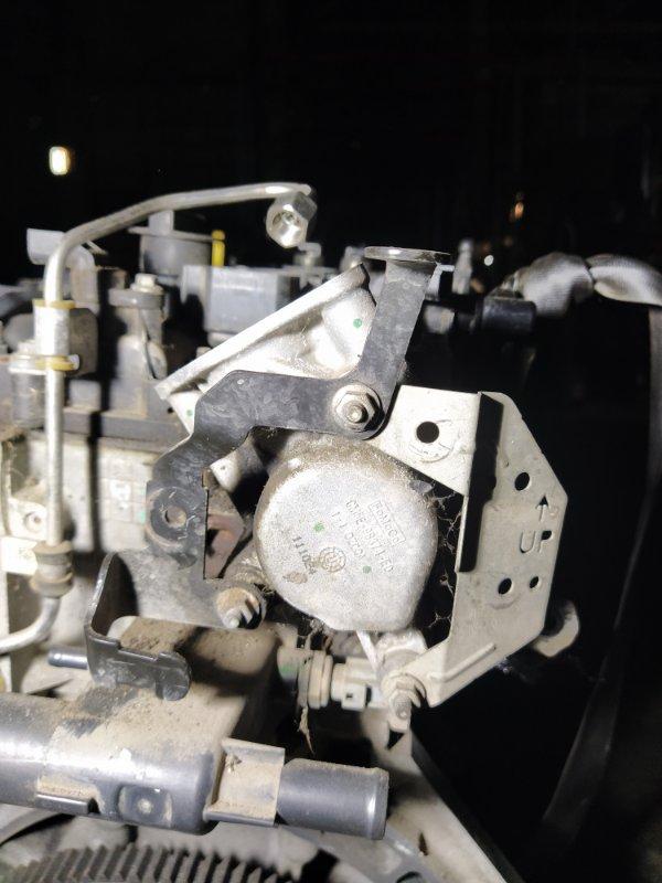 Кронштейн тнвд Ford Focus 3 (2011>) СЕДАН 2.0L DURATEC DI TIVCT (154PS) 2012 (б/у)