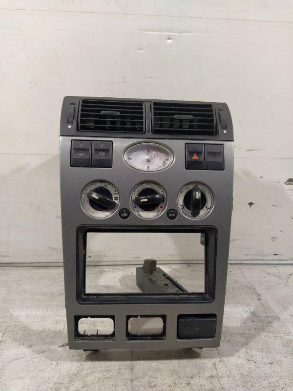 Панель центральной консоли салона Ford Mondeo 3 (2000-2007) (б/у)