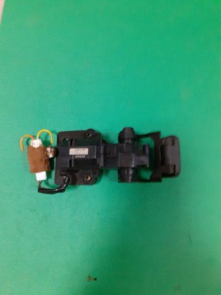 Мотор стеклоподъёмного механизма Toyota Land Cruiser UZJ100 (б/у)