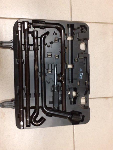 Инструмент в багажник Toyota Land Cruiser Prado 150 (б/у)