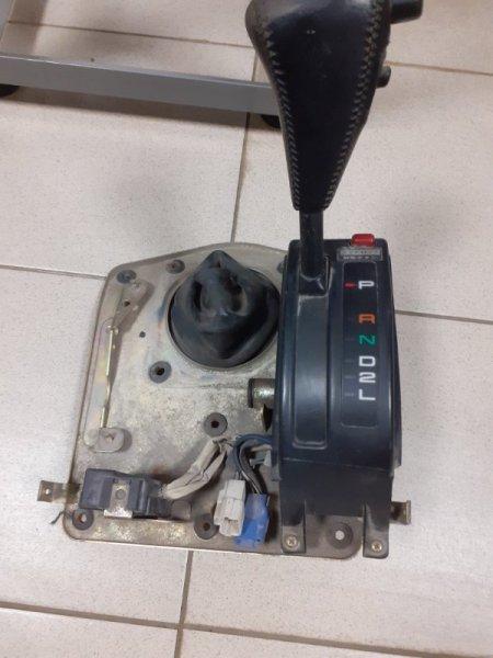 Селектор акпп Toyota Land Cruiser 80 правый (б/у)