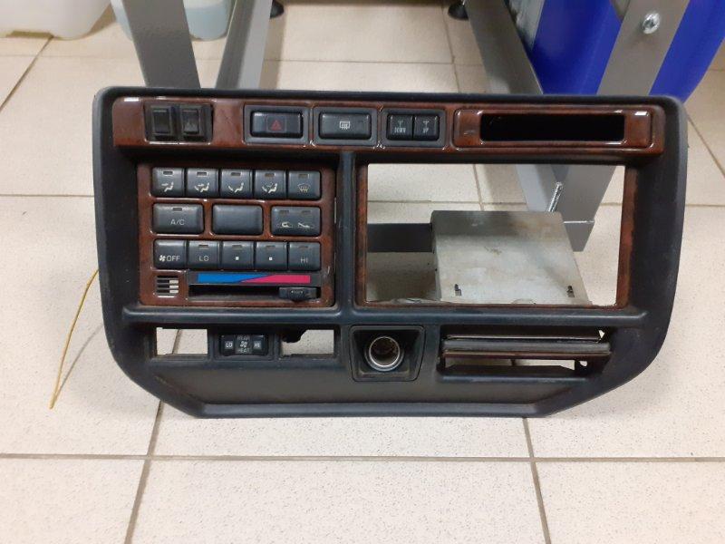 Консоль панели приборов Toyota Land Cruiser FZJ80 (б/у)