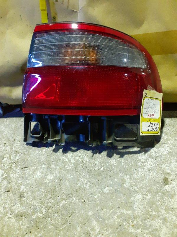 Стоп сигнал Toyota Carina правый (б/у)