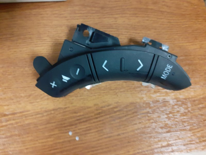 Кнопки руля Toyota Land Cruiser Prado 120 1GRFE