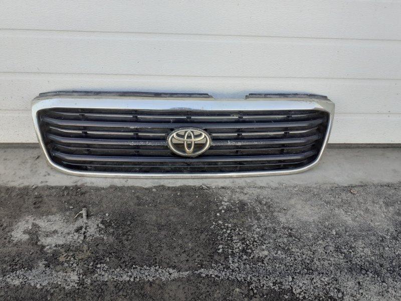Решетка радиатора Toyota Land Cruiser 100 (б/у)