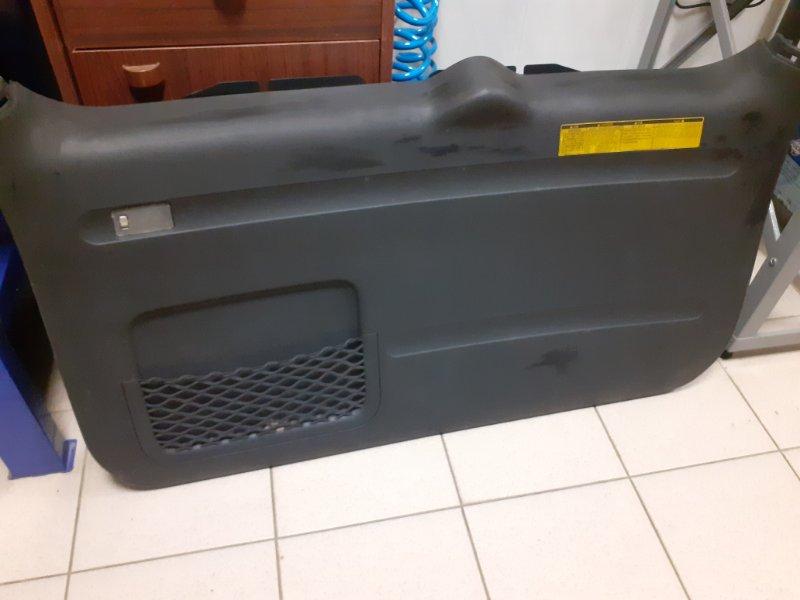 Обшивка двери багажника Toyota Rav4 2AZFE (б/у)